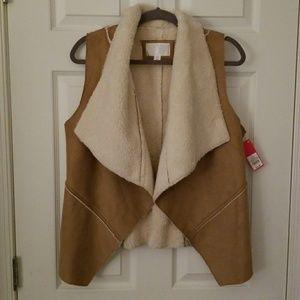 Xhilaration Large Tan Faux Swede Vest